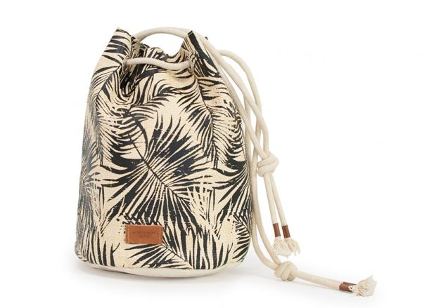 Palm Leaf Bucket Bag - Annabel Trends